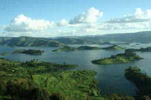 Lake Bunyonyi in Oeganda